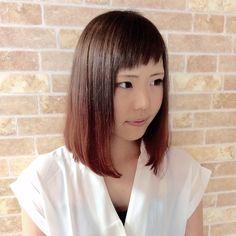 本日のお客様 グレージュからのピンクにグラデーションしました前髪も眉上ですっかりと() アクセントが可愛らしいですね いつもご来店ありがとうございます#creer_for_hair #美容室#wカラー #グラデーションカラー #グレージュ #鹿児島市 #鴨池