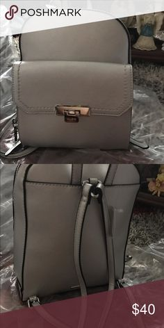 Silver bag Beautiful silver back pack,. Elegante and comfortable At the same time. Aldo Bags Backpacks