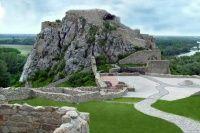 Hrad Devín - Národná kultúrna pamiatka | CITYLIFE Golf Courses, Inspirational, History, Pictures, Photos, History Books, Historia, Inspiration, Resim