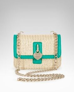 #7 An adorable bag to tote my essentials perfect for any tropical destination! #bebe #wishesanddreams