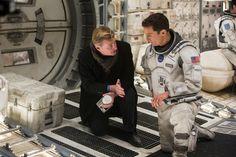 Christopher Nolan dirigindo Matthew McConaughey durante as gravações de Interestelar (2014)