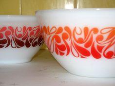 pyrex bowls by lottielulu, via Flickr
