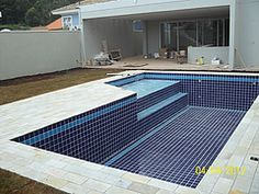 concrete panels for the sides , we have it . Small Swimming Pools, Small Pools, Swimming Pools Backyard, Swimming Pool Designs, Garden Pool, Backyard Pool Designs, Small Backyard Pools, Home Garden Design, House Design
