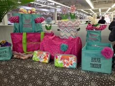 Look at all the great ideas for Thirty-One products!