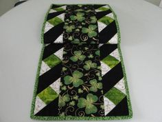 St Patricks Shamrock Quilted Table Runner by countrysewing4U