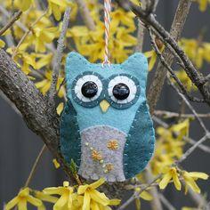 Cute felt owl ornament