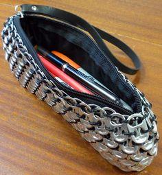 pen inside purse