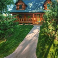 Photos and floor plans of this custom home are at www.GoldenEagleLogHomes.com #loghomes #loghome #logcabins #cabin #logcabins #home #homes #houzz #rusticliving #outdoors #nature #loghomeliving #construction