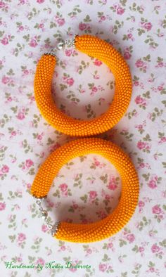 Orange juice beaded bracelet for summer by NadiaDedovets on Etsy