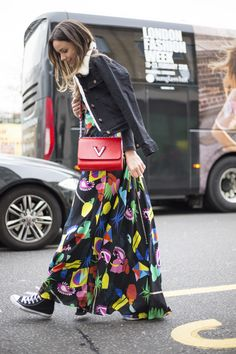 Long dress street style