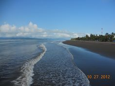 This sand is heavenly to walk on, a very typical beach in Costa Rica.