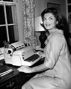 Jacquelin o | Libro. Kennedy se declaró sorprendida por las mujeres liberales ...
