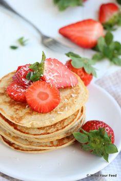 Beef tartare and black chicory vinaigrette - Healthy Food Mom Oatmeal Yogurt, Strawberry Oatmeal, Healthy Cake Recipes, Healthy Snacks, Pannekoeken Recipe, Waffles, Yogurt Pancakes, Oatmeal Pancakes, Love Food