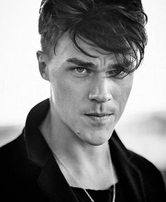 Actor Finn Wittrock is photographed for Flaunt Magazine on October 2015 in El Segundo, California. I have a problem. Finn Wittrock, American Horror Story, Beautiful Person, Beautiful Men, Flaunt Magazine, Cartoon Tv Shows, Attractive Men, Good Looking Men, Pretty Boys