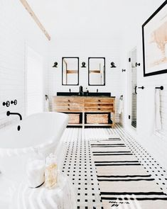 """50 Incredible Bathrooms to Add to Your """"Dream Home"""" Pinboard Now - Di Home Design Bathroom Inspiration, Interior Design Inspiration, Home Decor Inspiration, Decor Ideas, Home Interior, Bathroom Interior, White Bathroom, Burlap Bathroom, Modern Bathroom"""