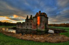 14 Fairy Tale Castles You Have To Visit In Scotland (4)
