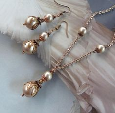 Antique Jewelry Set, Vintage Pearl Necklace, Champagne Pearl Earrings, Taupe Bridesmaid Dress, Pearl Pendant, Unique Gift for Woman, Copper Filigree Jewelry, Pearl Jewelry, Bridal Jewelry, Antique Jewelry, Jewelry Gifts, Pearl Earrings, Copper Jewelry, Jewlery, Schmuck