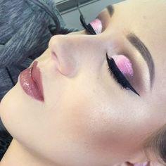 Eu amo Cut Crease ❤️❤️❤️ #motivescosmetics #vegas_nay #universomakeup_oficial #mac #macpro  #motivescosmetics #maquiagem #maquiagembrasill  #universomakeup #selfie#model #top #topmodel #modelo #modeling  #make #makeup #maquiadora #maquillage #pausaparafeminice #maquiagem #maquiagemx #loucaspormaquiagem #universodamaquiagem_oficial #universomakeup #auroramakeup #supervaidosa #melissasassine #makeupvideoss #hudabeauty #makegirlz #vegas_nay #wakeupandmakeup  #brian_champagne