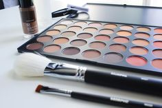 Beauty Hacks To Highlight Your Best Features | Guest Post