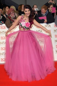 Saara Aalto attends the National Television Awards on January 2017 in London, United Kingdom. Virgin Holidays, Holiday World, Cocktail Gowns, London United, First World, Taurus, United Kingdom, Red Carpet, Special Occasion