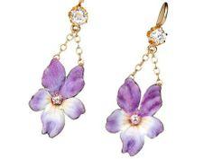 Antique Flowers in a Diamond Enamel Earring