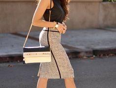 tenue-commerciale-femme-vision-chic-et-élégante-d'été-jupe-à-taille-haute