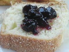 Geléia de Frutas Vermelhas http://ondasdesabores.blogspot.com.br/2013/07/geleia-de-frutas-vermelhas.html