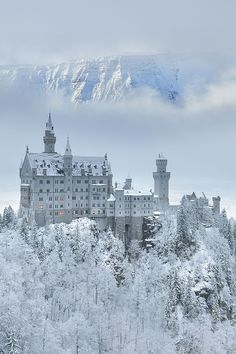 Built in Neuschwanstein Castle famously served as inspiration for Sleeping Beauty Castle at Disneyland. But unlike the royal home in Anaheim, this clifftop structure gets to transform into an ethereal snow castle during the Bavarian winters. Beautiful Castles, Beautiful World, Beautiful Places, Castles In Ireland, Germany Castles, Places To Travel, Places To Go, Snow Castle, Sleeping Beauty Castle
