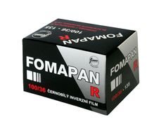 Fomapan R 100 is a medium-speed panchromatic black and white reversal film with a nominal sensitivity of ISO 100/21°. Fomapan R 100 the film features a very fine grain, very good resolving power, high acutance and high gradation. The...