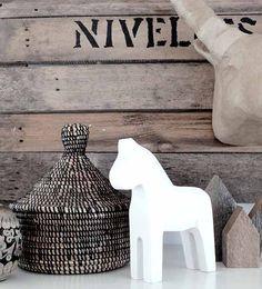 Dala Paardje Wit @ tierlantijn