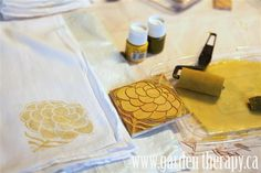 How to block print tea towels. Look into purchasing speedball block linoleum products, carvers & such. A must try for my color blocking projects I want to try.