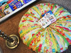 Jammin Jelly Roll Quilt Floor Cushion The whole family is going to love this cushion pattern like no other. Choose your brightest jelly roll quilt pattern and strip it to begin working on the Jammin Jelly Roll Quilt Floor Cushion. Strip Quilt Patterns, Jelly Roll Quilt Patterns, Strip Quilts, Quilting Patterns, Quilting Ideas, Cushion Tutorial, Pillow Tutorial, Diy Cushion, Quilting Projects