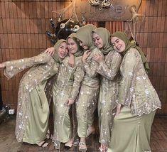 Dress Brukat, Hijab Dress Party, Hijab Style Dress, Kebaya Dress, Dress Pesta, Dress Outfits, Kebaya Wedding, Muslimah Wedding Dress, Muslim Wedding Dresses
