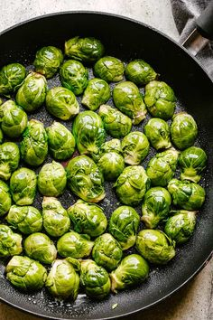 Sauteed Brussel Sprouts - Crispy, buttery, garlicky, and cheesy Brussel Sprouts prepared on the stovetop in just 15 minutes! These deliciously sautéed Brussel Sprouts are an easy and healthy side dish that are quick to make and require only 5 ingredients. Brussel Sprout Recipe Pan, Freezing Brussel Sprouts, Pan Fried Brussel Sprouts, Cooking Brussel Sprouts, Easy Vegetable Side Dishes, Vegetable Cake, Vegetable Recipes, Low Carb Side Dishes, Healthy Side Dishes