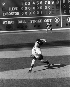1965: Dave Morehead throws no-hitter for Red Sox