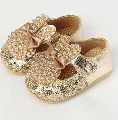 Glaring Rhinestone Rabbit Baby Shoes With Bowtie