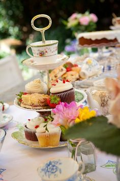 How about holding an afternoon tea party, ...♥♥... complete with flavoured teas, cupcakes and cucumber sandwiches. Everyone invited could contribute a donation towards your Dry January challenge.