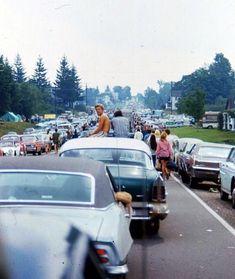 4,689 vind-ik-leuks, 14 reacties - Clo (@c__l__o) op Instagram: 'Woodstock 1969  via @ciggalove'