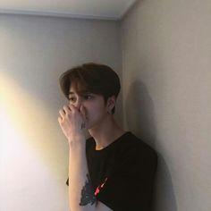 Image in Ullzang Girl/Boy/Couple🌺 collection by wei Korean Boys Ulzzang, Cute Korean Boys, Ulzzang Couple, Ulzzang Boy, Asian Boys, Ulzzang Style, Ulzzang Korea, Beautiful Boys, Pretty Boys