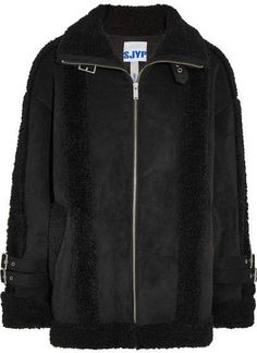 Sjyp Mustang Buckled Faux Shearling Jacket - Black