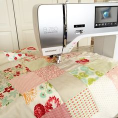 Pretty patchwork from our fan @idaroellchen and her BERNINA.