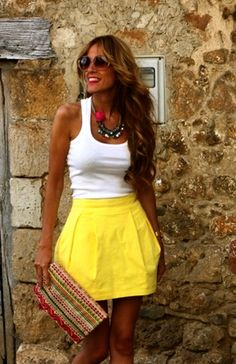 love the mini purse and yellow skirt!