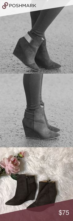 Zara Gray Wedge Ankle Booties These gray wedge boots by Zara, such a comfortable! The heel height isn't too high to walk on, it's just right! NWOT Zara Shoes Ankle Boots & Booties