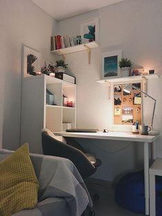 Trendy home office desk chair bookcases Room Design Bedroom, Small Room Bedroom, Room Ideas Bedroom, Home Room Design, Diy Bedroom, Bedroom Wall, Study Room Decor, Bedroom Decor For Couples, Small Room Design