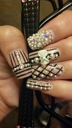 Black & Pink rhinestone nail art