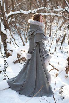Верхняя одежда ручной работы. Средневековое  пальто