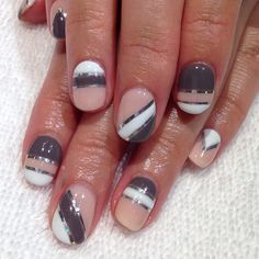 instagram @Hey, Nice Nails! | Color Blocked Neutral Nails #nailart