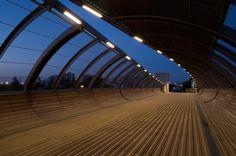 Footbridge Over the Railways / DVVD | Architectes – Designers