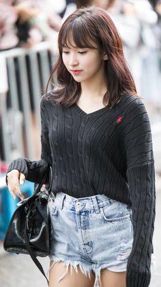 Kpop Girl Groups, Korean Girl Groups, Kpop Girls, Kpop Fashion, Girl Fashion, Womens Fashion, San Antonio, Kai, Myoui Mina