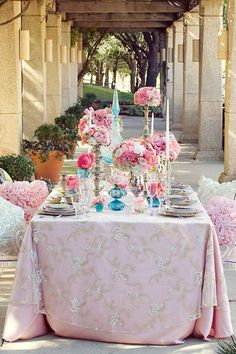 http://calligraphybyjennifer.net/blog/romantic-pink-and-blue-tablescape/